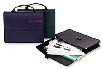 шелкография на пластиковых портфелях,пластиковый портфель,,нанесение логотипа на портфели