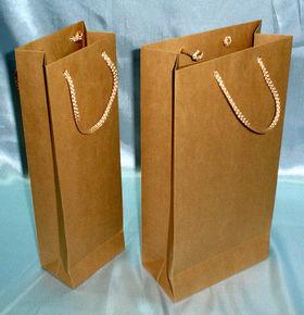 пакеты под бутылку, коричневый крафт для пакетов под бутылку, бумажный  пакет под бутылку, бутылочный пакет из крафта, подарочный бумажный пакет для бутылок